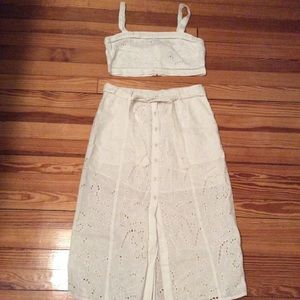 Bardot cotton eyelet set size medium